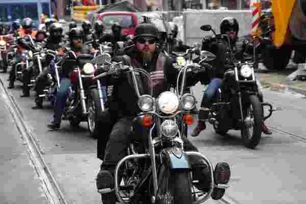 骑摩托车的三个真理教会了我成为企业家的知识