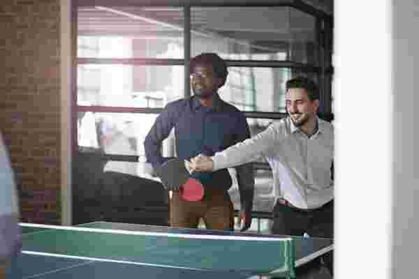 4员工福利优于乒乓球桌和免费食物