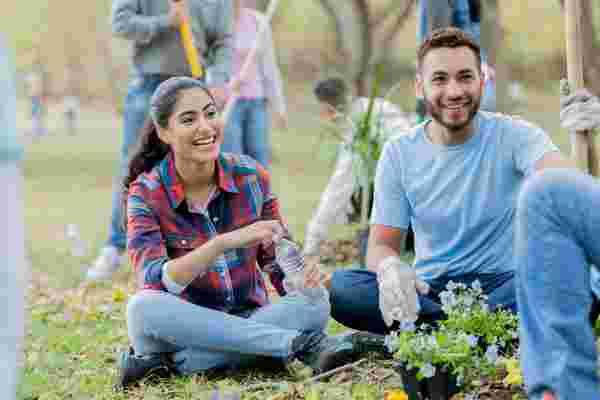我们如何帮助千禧一代爱上慈善事业