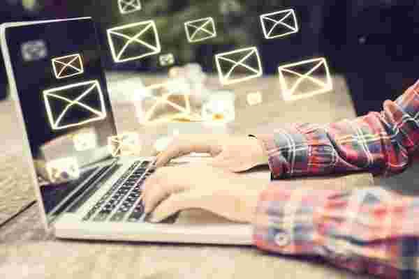 为什么您不应该在假期检查电子邮件