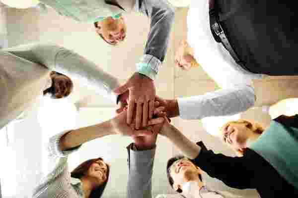 从不太可能的来源建立强大支持网络的6个技巧