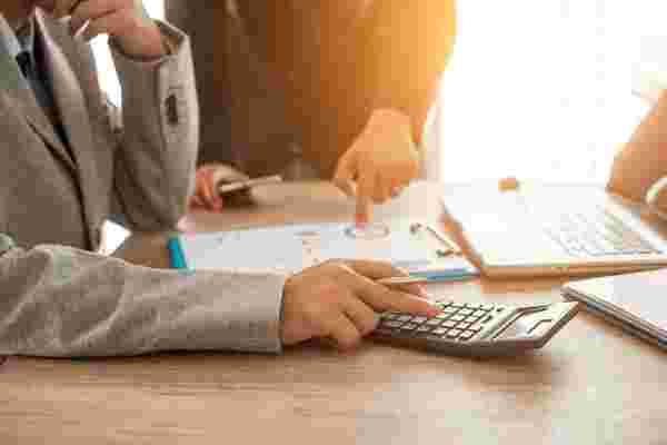 4巨额开支可使毫无准备的初创企业破产